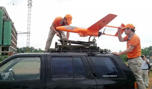 Vietnam successfully test-flies drones